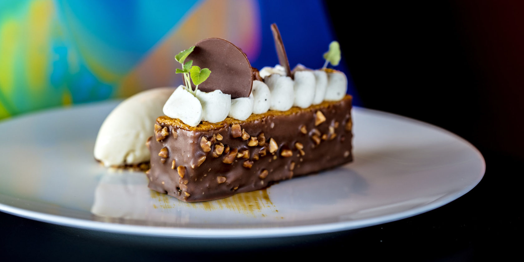Hazelnut Bar with Ice Cream
